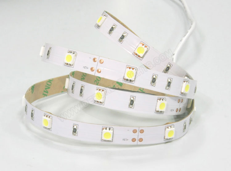 5050 36W 12V 150 Diodes 16.4ft Roll IP20 Non-waterproof Led Strip Light_3