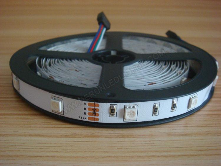 5050 36W 12V 150 Diodes 16.4ft Roll RGB Led Strip Light_1
