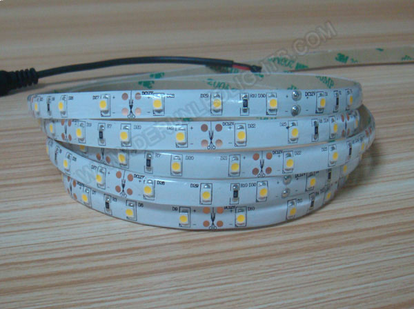 3528 24W 12V 300 Diodes 16.4ft Roll IP65 Silicon Glue Waterproof LED Strip Light