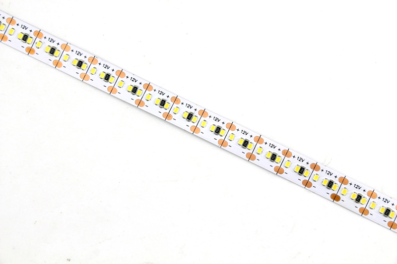 Flexible LED Strip Light with 16.4' 96W 1200 Diodes 2216_4