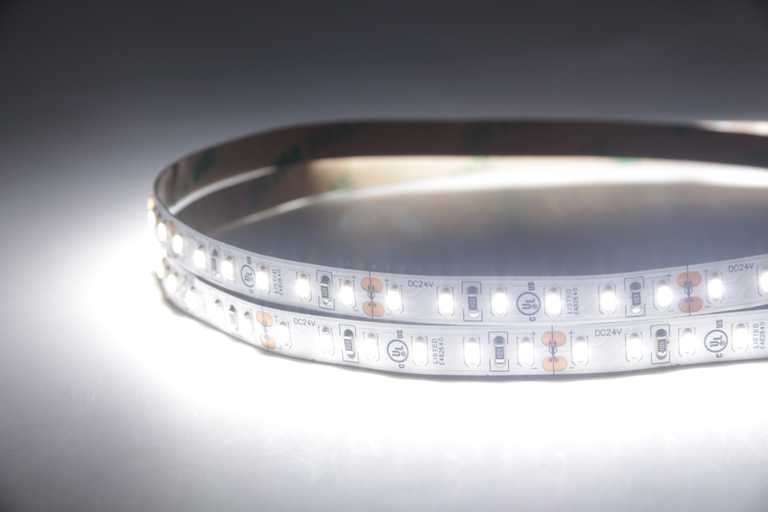 Flexible LED Strip Light with 16.4' 48W 600 Diodes 3014_3
