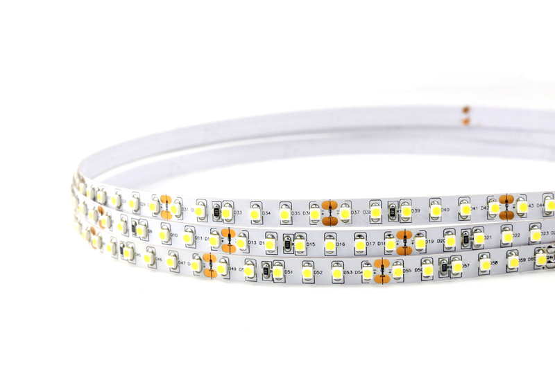 Flexible LED Strip Light with 16.4' 48W 600 Diodes 3528_5