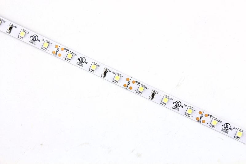 Flexible LED Strip Light with 16.4' 24W 300 Diodes 3528_2