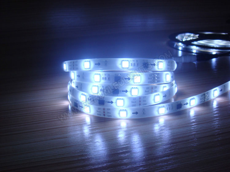 12V LED Strips for Decorative Lighting Purpose