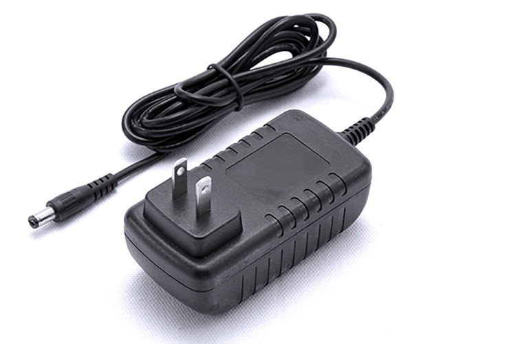 Plug-and-play Desktop Adapters 12V/24V 12W_1
