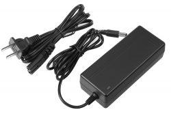 Plug-and-play Desktop Adapters 12V/24V 72W